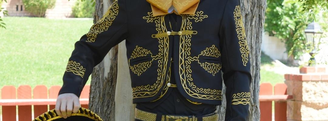 Trajes Charros para hombre Mayoreo Wholesale Mens Charro Suits Tradicion de Mexico by Nantlis
